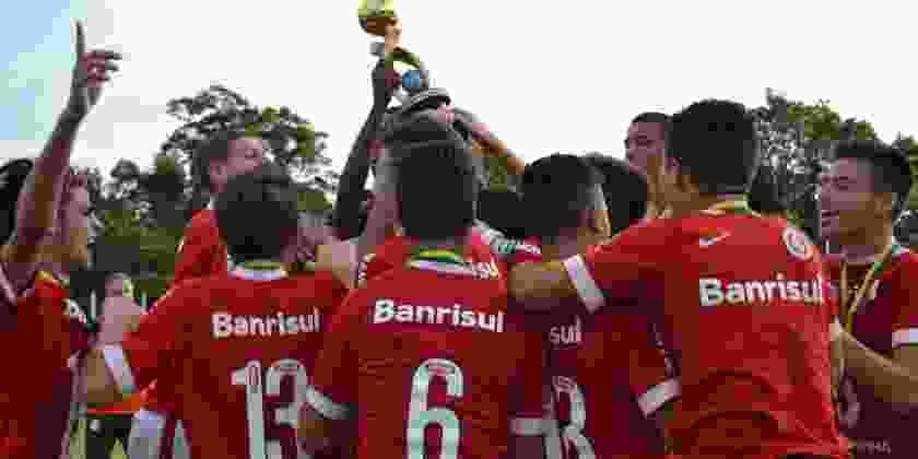 1ª Taça Frederiquense de Futebol  Internacional é o campeão da categoria  Sub-17  c37d869ed3050